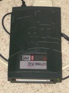 External 2GB SCSI JAZ Drive